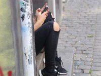 Les SMS, une menace pour l'orthographe des adolescents ?