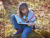 Est-ce que les filles semblent avoir plus de facilité de lecture que les garçons ?